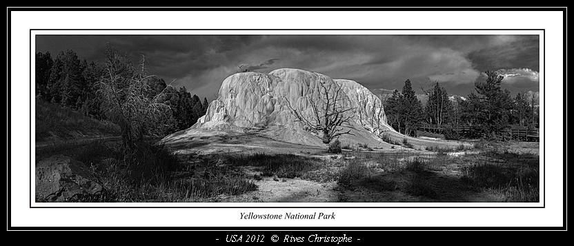 Yellowstone Mammooth Hot Spring